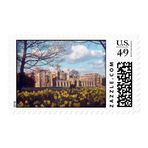 Cambridge de San Juan amarillo con las flores de Franqueo