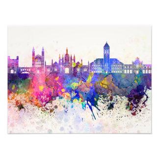 Cambridge skyline in watercolor background arte con fotos