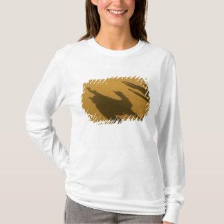 Camel silhouettes on sand dunes, Thar Desert, T-Shirt