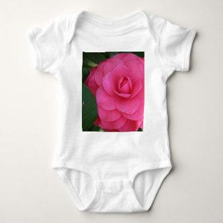 ¡Camelia, rosa, con amor! Tshirt