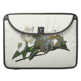 Camelias blancas en sol funda para macbook pro