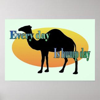 Camello - cada día es día de chepa posters
