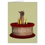 Camello divertido del feliz cumpleaños tarjetón