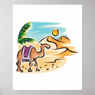 camello en escena del desierto póster