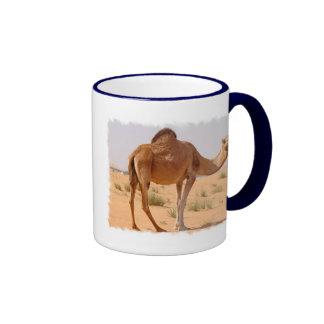 Camello para la taza de café de los árabes