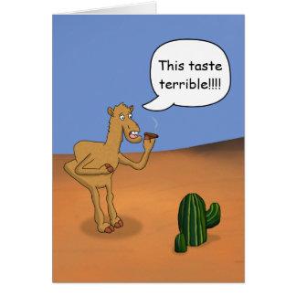 Camello que fuma tarjeta de felicitación
