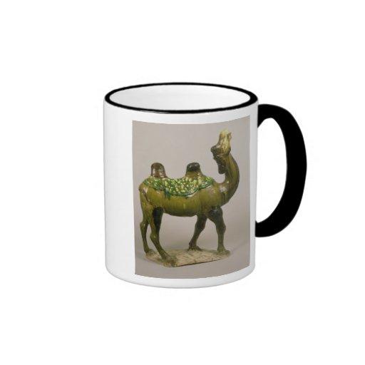 Camello que se lamenta chino de la cerámica taza a dos colores