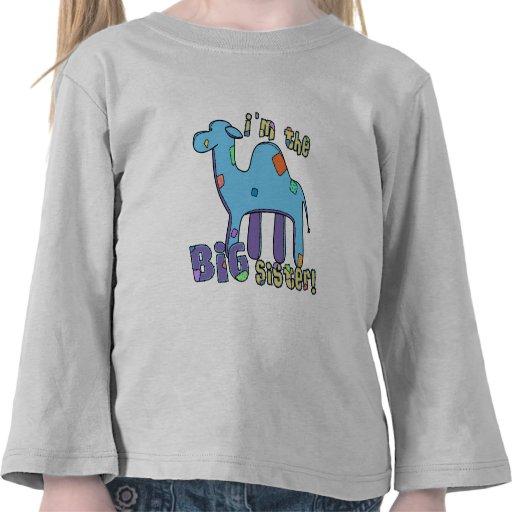 Camello soy la hermana grande camiseta