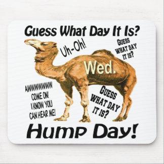 Camello superventas del día de chepa mousepad