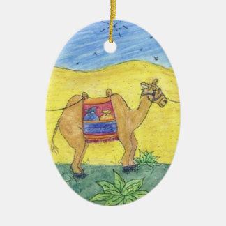 Camellos coloridos adorno ovalado de cerámica