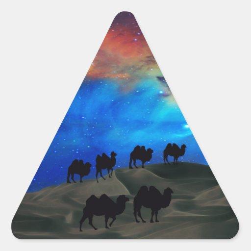 Camellos de la caravana del desierto calcomanías trianguloes personalizadas
