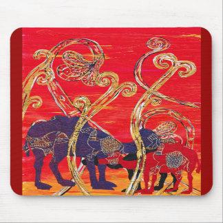 Camellos rojos y azules Mousepad