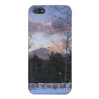 Camels Hump Winter Vermont iPhone SE/5/5s Case
