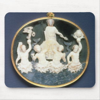 Cameo commemorating the Naval victory of Mouse Pads