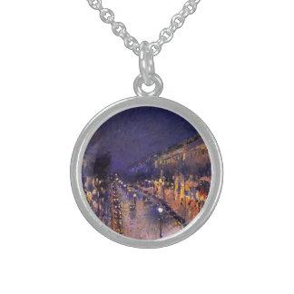 Camille Pissarro el bulevar Montmartre en la noche Collares De Plata Esterlina
