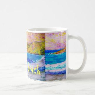 camina el arte de la playa taza clásica