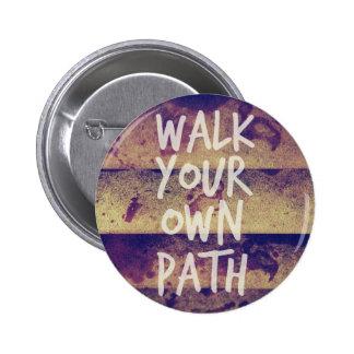 Camina su propia trayectoria pins
