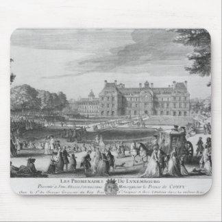 Caminando en los jardines de Luxemburgo, 1729 Tapetes De Ratones