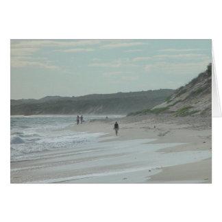 Caminante de la playa al norte de la playa de Wann Tarjeta De Felicitación
