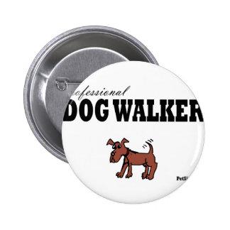 Caminante profesional del perro pin