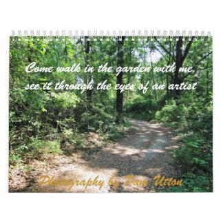 camine en el jardín - a través de los ojos de un a calendario