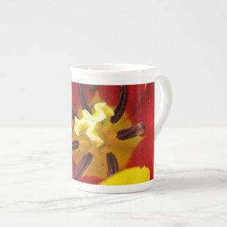 Camine en mi taza de la multa del tulipán taza de porcelana