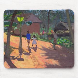 Camino a la playa Kerala 1996 de Kovalum Alfombrillas De Ratón