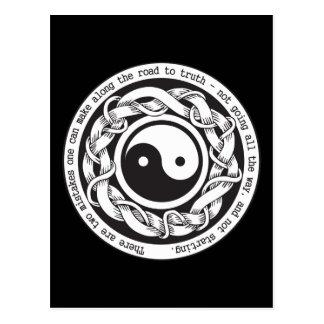 Camino a la verdad Yin Yang Tarjetas Postales