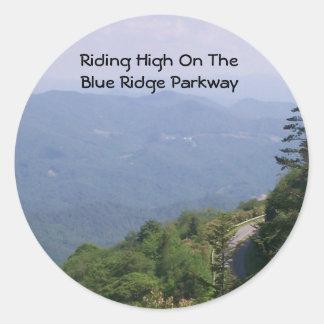 Camino azul de la ruta verde de Ridge con las Pegatina Redonda