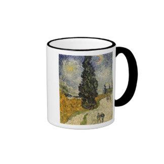 Camino con los cipreses, 1890 tazas de café