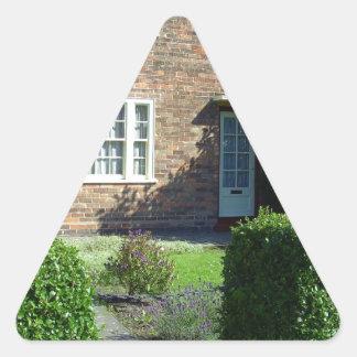 Camino de 20 Forthlin, Liverpool Reino Unido Pegatina Triangular