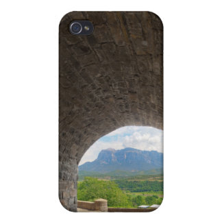 Camino del guijarro, montañas de los Pirineos iPhone 4 Funda