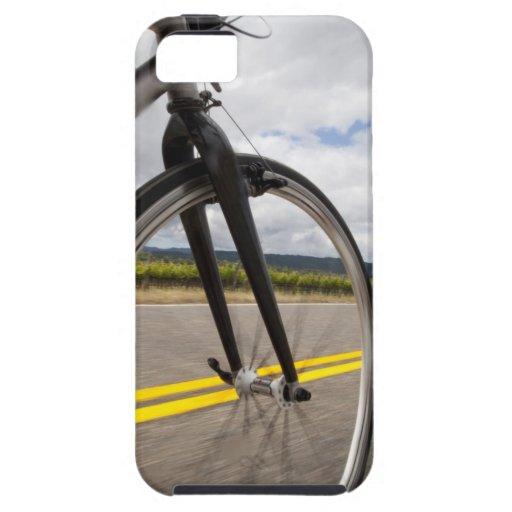 Camino del hombre biking en el POV de alta Funda Para iPhone 5 Tough
