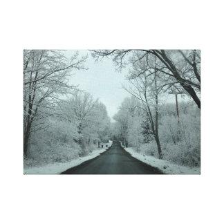 Camino del invierno impresión en lienzo estirada