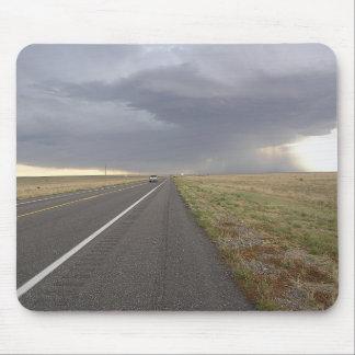 Camino en la tormenta alfombrilla de ratones
