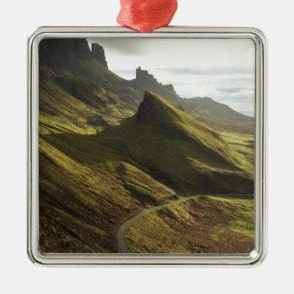 Camino que asciende el Quiraing, isla de Skye, Adorno Navideño Cuadrado De Metal