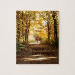 Camino rojo del otoño del granero del retiro feliz rompecabezas con fotos