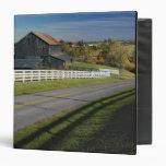 """Camino rural con la región del Bluegrass de 2 Carpeta 1 1/2"""""""