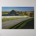 Camino rural con la región del Bluegrass de 2 Póster