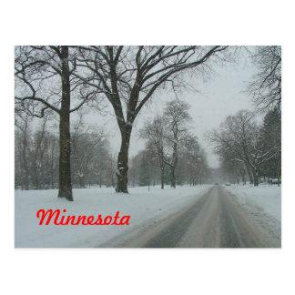 Camino rural en Minnesota Tarjetas Postales