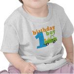 Camión 1 del muchacho del cumpleaños camiseta