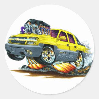 Camión amarillo de la avalancha pegatina redonda