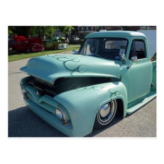 Camión antiguo del verde de mar tarjeta postal