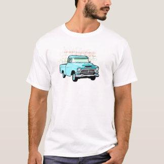 Camión clásico en el azul, semi recogida muy vieja playera