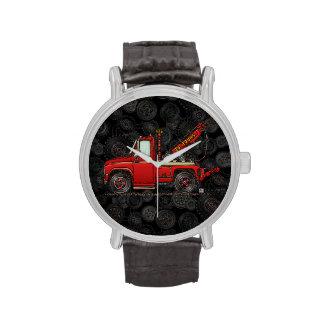 Camión de auxilio lindo de la grúa reloj de mano