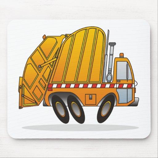 Camión de basura anaranjado alfombrillas de ratón