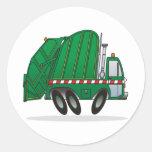 Camión de basura verde etiquetas redondas