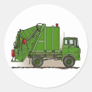 Camión de basura verde etiqueta redonda