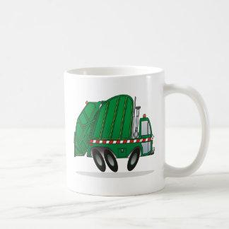 Camión de basura verde taza