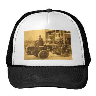 Camión de la autobomba del coche de bomberos del v gorras
